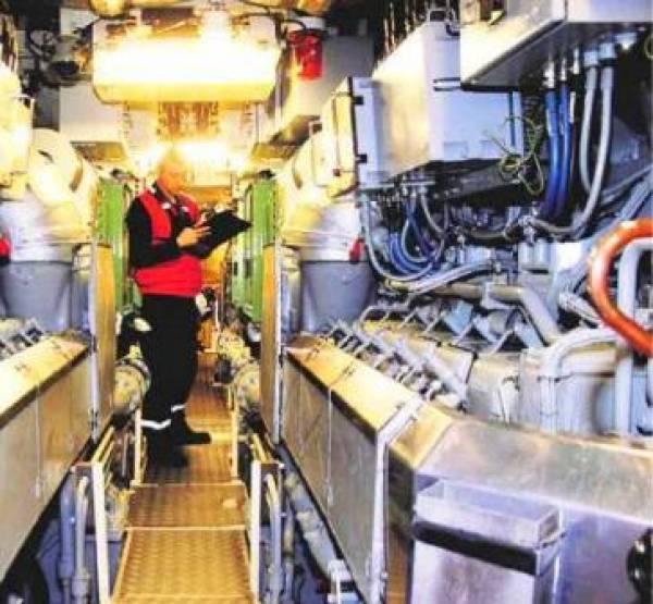 No viajes en submarino viajes for Interior submarino