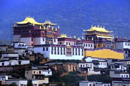 La Shangrilá real existe, ¿existe?-http://viajes.elpais.com.uy/images/stories/Asia/Shangrila/3307158368_2fd245b225.jpg