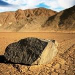 El misterio de las piedras que viajan