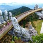 El puente de las manos gigantes