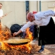 La paella, el rival del asado