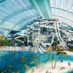 ¿La gente va a Miami por las compras, los parques o las playas?