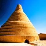 Yakhchal, conservadores de hielo de 2400 años
