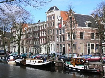 Ámsterdam 634 B