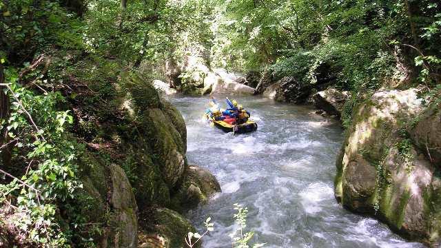 1-CASCATA-DELLE-MARMORE-rafting-1