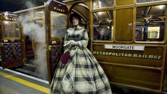 150 aniversario locomotora 560x314 - Misterios, casos paranormales y curiosidades del metro de Londres.
