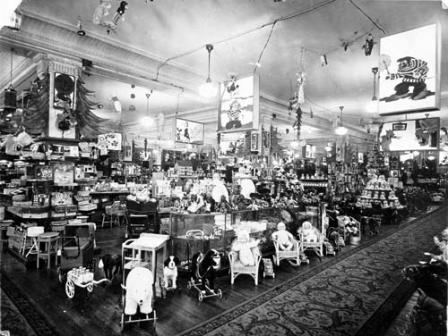 1940 - Casa Gath y Chaves - Seccion jugueteria