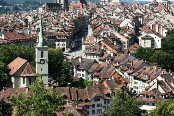 3532290-la-ciudad-de-berna-suiza-famoso-casco-antiguo-de-la-ciudad