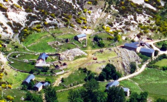 66339-casas-de--de-torre-de-babiadesde-montigueiro (1)