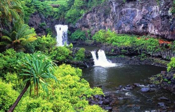 7_Pools_of_Oheo_Maui_Hawai