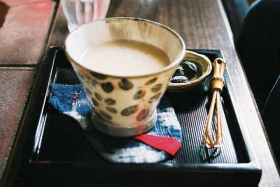 800px-Amazake_by_emily_harbour_in_july