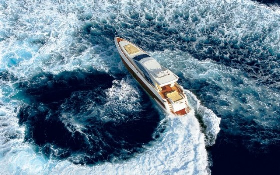 Azimut 86 playing in the Balearics, sale, lease and charter