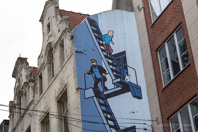 Belgica-Bruselas-Ruta-Comic-Mural-Tintin
