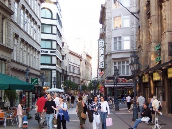Budapest_Vaci_utca
