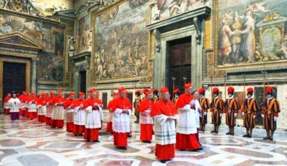 Conclave_Procession_2005