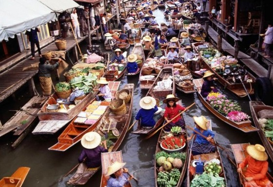 Damnoen-Saduak-Floating-Market-Ratchaburi