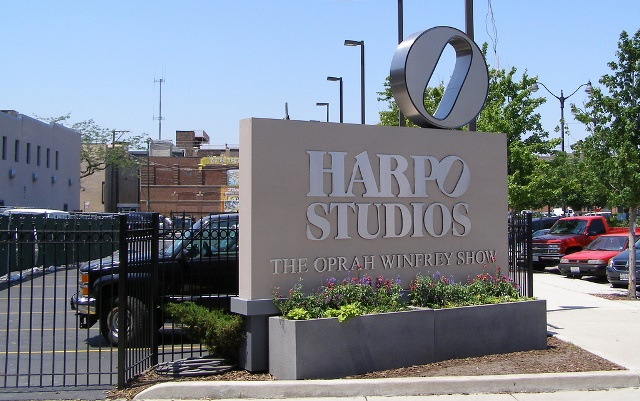 Harpo_Studio_sign