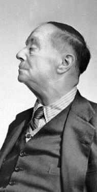 Herbert_George_Wells_in_1943