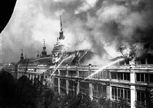 Incendie_au_Printemps_Paris_1881