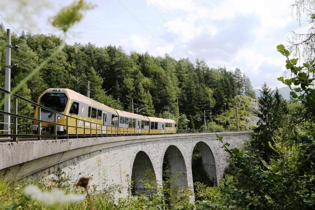 LOWRES_00000103140_Mariazellerbahn_Mostviertel-Tourismus_weinfranz-at
