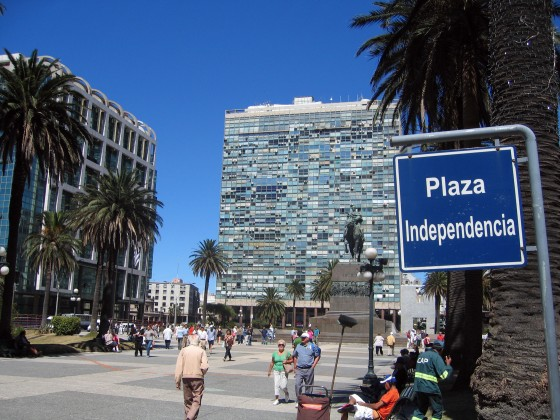 Montevideo_plaza_independencia