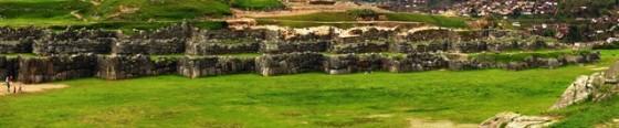 Sacsayhuamán_Décembre_2006_-_Vue_Panoramique_-_Pleine_résolution