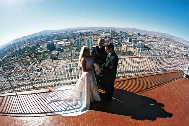 Stratosphere-Wedding-Las-Vegas-from-Flickr_54_990x660_201405312325