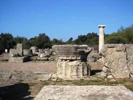 Tempio_di_Zeus_Olimpia_April_2006