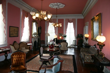 The_Corners_Mansion_Inn_Vicksburg_Mississippi_43667