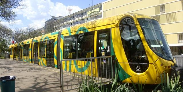 Brasilia's Light Rail (Trem Leve de Brasilia)