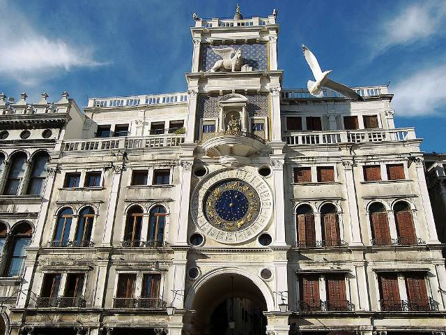 Venice-San-Marco-tower-clock-square