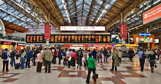 Victoria Station int 1070 560x293 - Misterios, casos paranormales y curiosidades del metro de Londres.