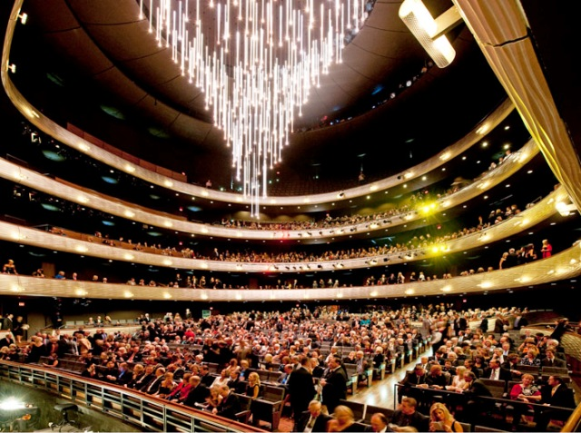 Winspear Opera House, McDermott Hall - photo credit Nigel Young, Foster + Partners