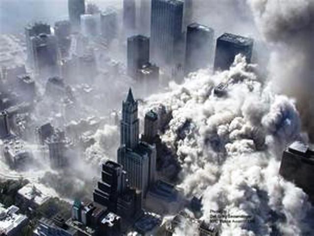 Zadroga Act Woolworth Building Surrounded by Dust Cloun on 9 11