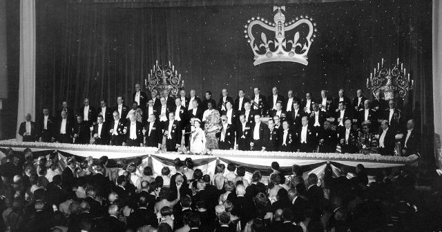 and-an-honorary-dinner-for-queen-elizabeth-ii-was-hosted-in-the-grand-ballroom-in-1957