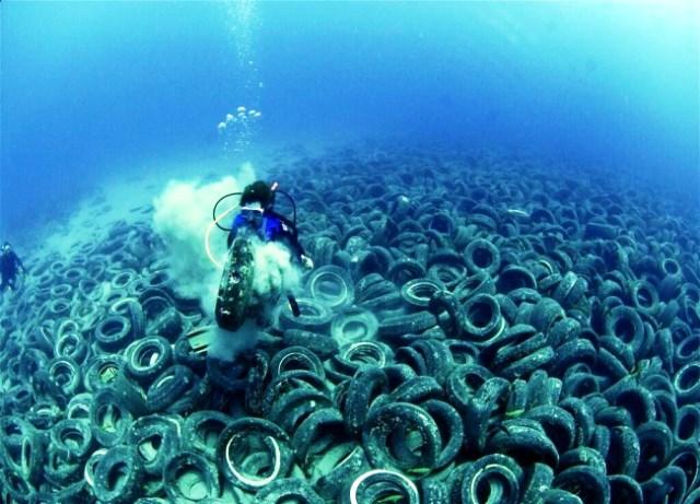 arrecife-neumaticos-submarinista-mar-nautica-650x468