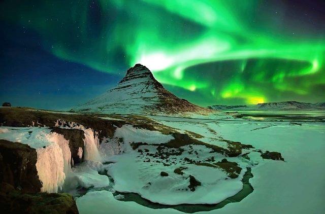 auroras-islandia-kirkjufell