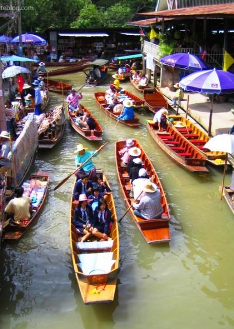 bangkok-mercado-flotante-560x746