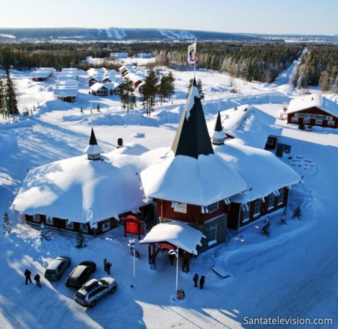 casa_navidad_rovaniemi_laponia_finlandia-616x600