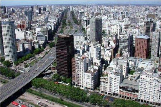 flying-over-buenos-aires