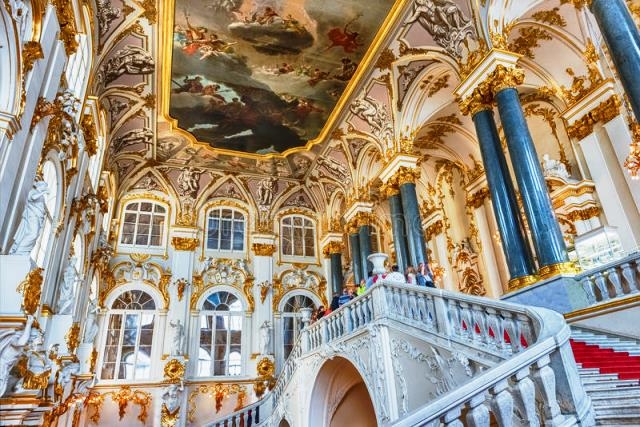 jordan-staircase-winter-palace-hermitage-museum-st-pet-petersburg-russia-august-one-main-highlights-petersburg-84186360