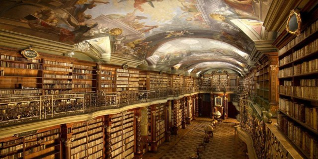 landscape-1442438012-most-beautiful-library-klementinum-prague-00