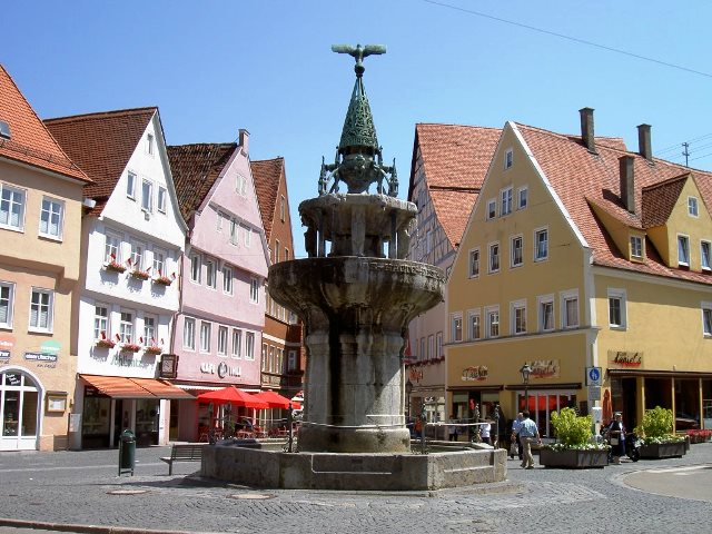 noerdlingen-kriegerbrunnen-10062007--28696