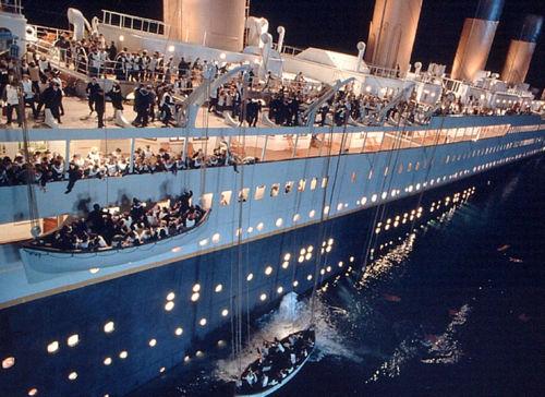 pelicula-titanic-hundimiento