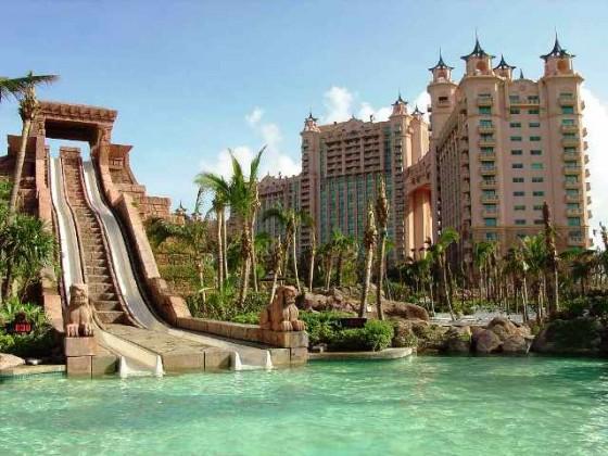 piscinas-espectaculares-bahamas1
