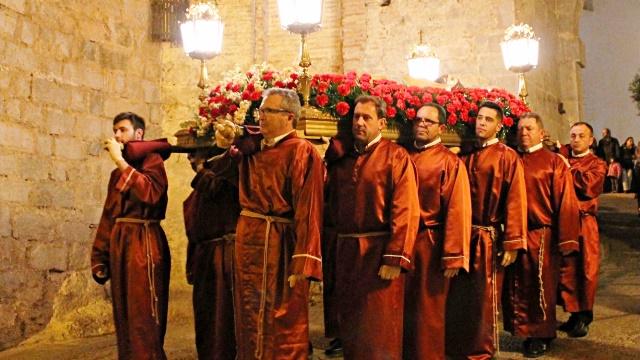 procesion vierenes santo