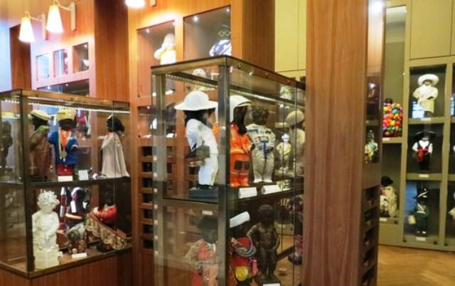 trajes-manneken-pis-museo-de-la-ciudad-de-bruselas