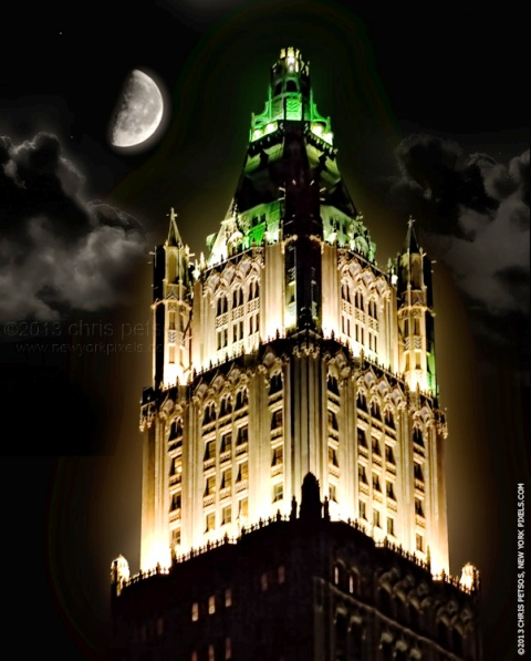 woolworth-building-at-night